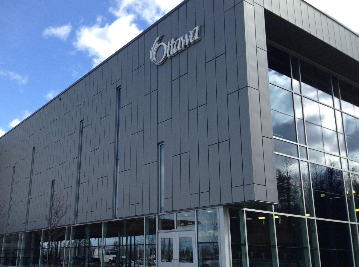 complex kanata Canada recortada